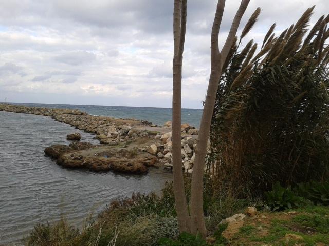 Beach Kolumpari